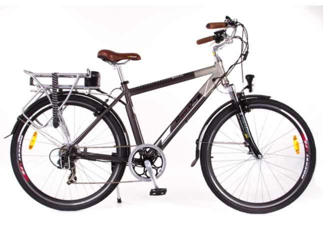 The Roodog Tourer, perfect for on-road touring with its classic Dutch riding position